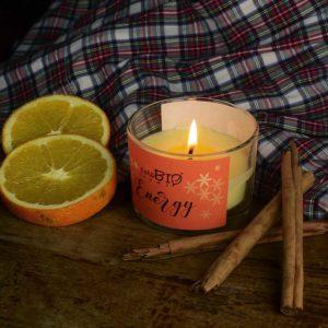Candela biologica ENERGY arancia dolce, cannella e bacche di vaniglia linea energizzante 120 ml - durata 20 ore
